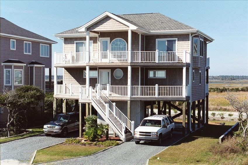 Medicinal Use 4 Br 3 5 Ba In North Topsail Beach Village Of Stump Sound Nc House