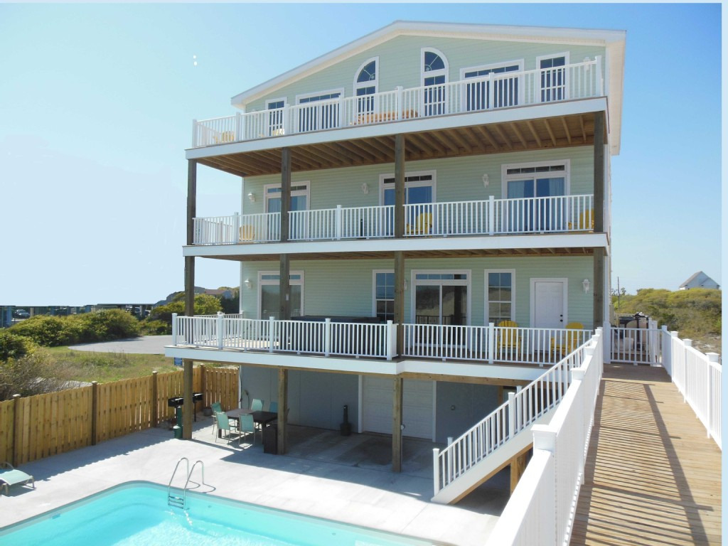 Casa verde 11 br luxury oceanfront private pool for Carolina house