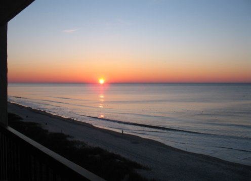 Direct Oceanfront - North Myrtle Beach - Great Location!