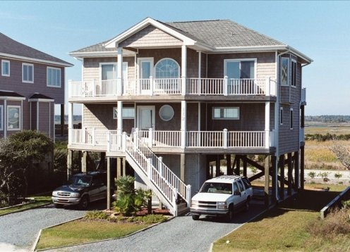 'Medicinal Use' 4 BR 3.5 BA in North Topsail Beach