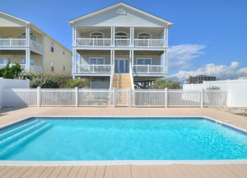 4 bdrm 3.5 bath, oceanfront Holden Beach. Rentals open MAY 9 for HB