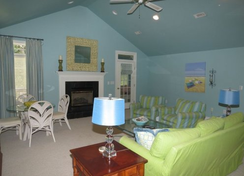 Bright and Cheerful Wild Dunes Cottage with Sportscard