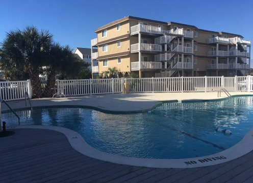 Condo on the Inlet - 2 new docks & boat launch- Large pool