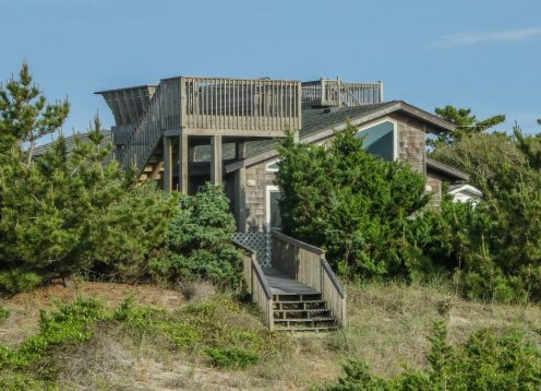 Charming Oceanfront Cottage on Hatteras Island!