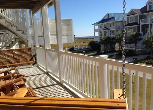 DOLPHINS REST - NEW LISTING! 4 Br-4 Ba Ocean View only 200 ft. to beach