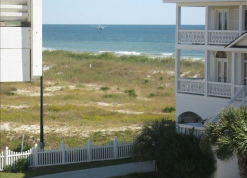 SEA ESCAPE - NEW LISTING!  Oceanview Dog Friendly Villa 200 ft from Ocean