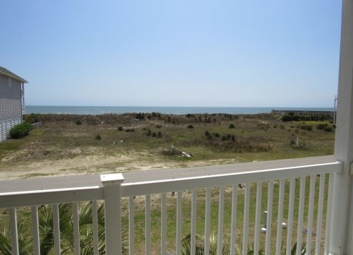 OCEAN PARADISE - NEW LISTING!DOG FRIENDLY- 4BR-4BA Villa - 200 FT. TO BEACH
