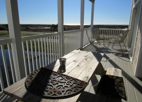 SEA VIEW - NEW LISTING! 4 BR 4 BA Ocean View villa - dog friendly