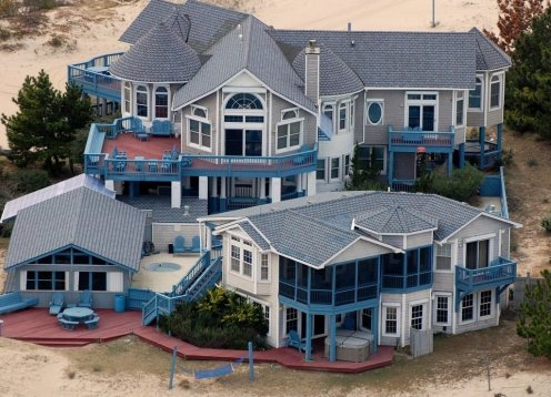 OCEANFRONT on 3 Acres Estate  Elevator, 2 hot tubs, pool, gameroom, 6 BR