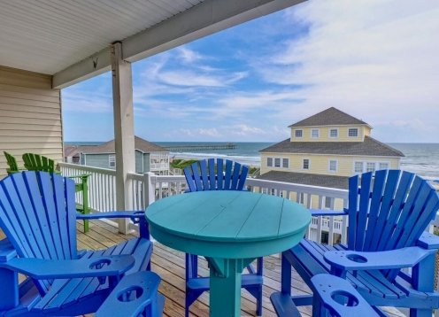 *NEWLY UPDATED* OCEAN VIEW & BAY VIEW, COMMUNITY POOL, ELEVATOR